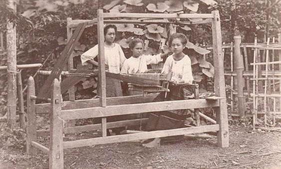 métier à tisser Thaïlande année 1900