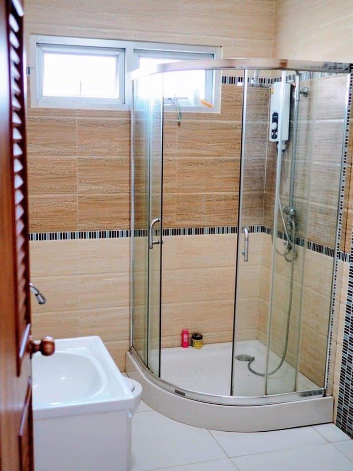 Salle de bain du Suwan Organic Farmstay